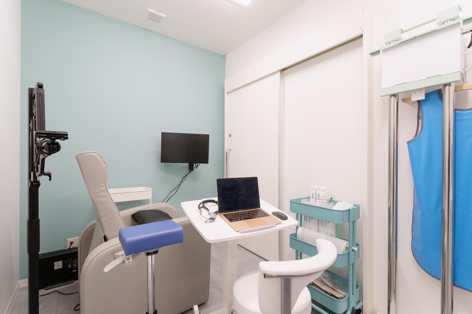 写真:発熱外来診療室